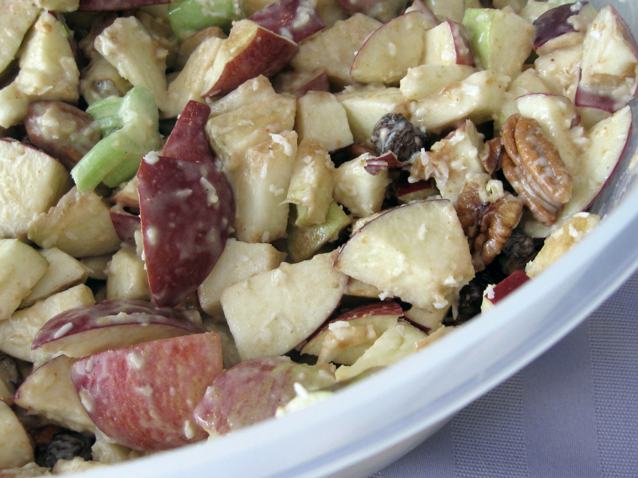 Apple Pecan Salad #SundaySupper
