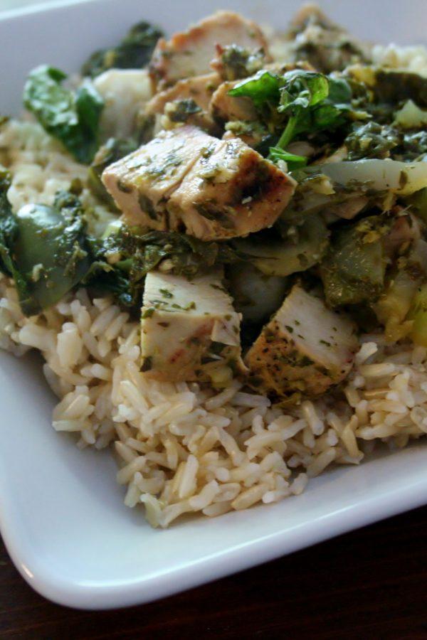 Thai Lime Basil Chicken Stir Fry #SundaySupper