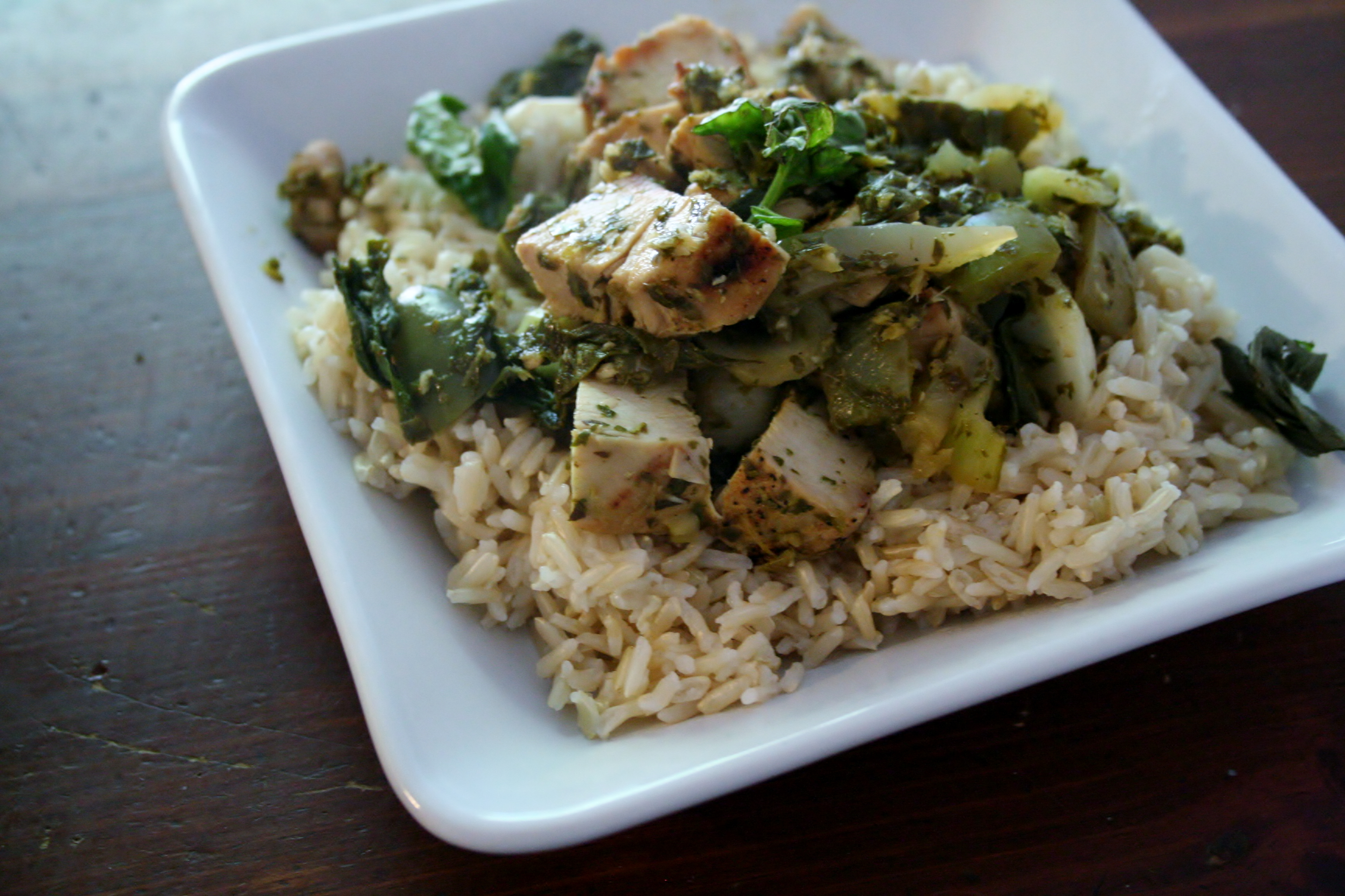 Thai Lime Basil Chicken Stir Fry #SundaySupper