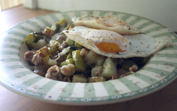 Asparagus Skillet with Egg #SundaySupper