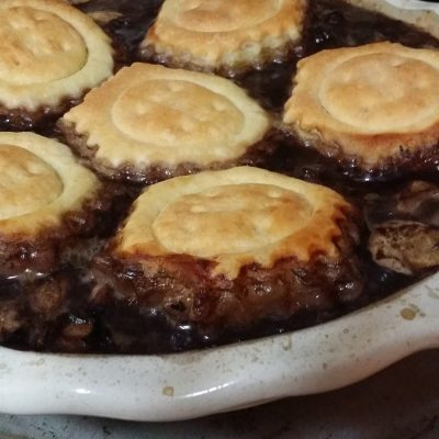 Beef & Red Wine Pie #SundaySupper