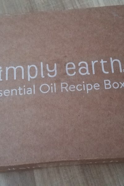 Simply Earth Essential Oils August Subscription Box Unboxing