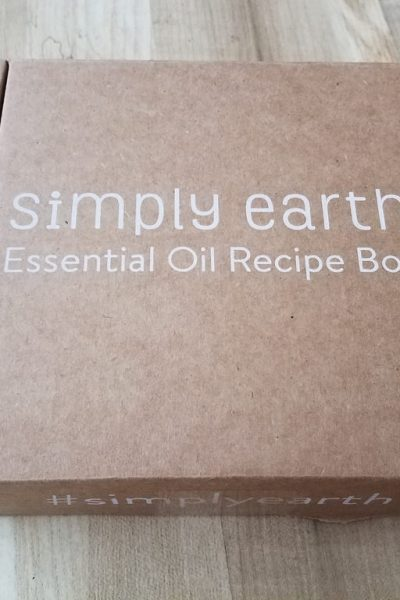 Simply Earth Essential Oil July Subscription Box Unboxing